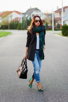Extremely Cool Outfits with Scarf   #Fashion http://ncnskincare.com/