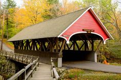 Covered bridge over Pemigewasset River, White Mountains, New Hampshire, USA. Stock Photo