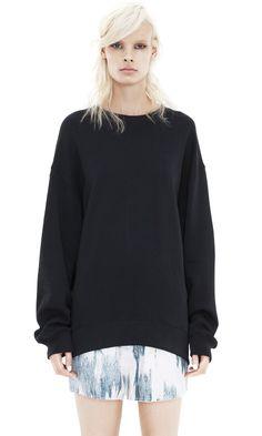 Beta Fleece Black oversized Sweatshirt
