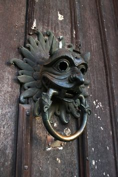 Oh yes.  I must find the biggest front door knocker I can within my thrift store bounds.