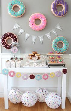 cute baby shower ideas for girls baby sprinkle decorations, baby Donut Birthday Parties, Donut Party, Birthday Ideas, Spa Birthday, Cupcake Party, 10th Birthday, Baby Sprinkle Decorations, Baby Shower Decorations, Simple Birthday Decorations
