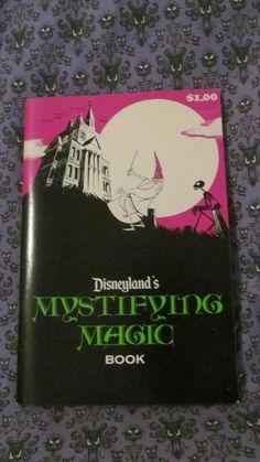 DISNEYLANDS MYSTIFYING MAGIC BOOK THE HAUNTED MANSION VINTAGE DISNEY VARIANT
