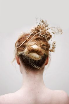 :: dried flower as a hair accessories ::