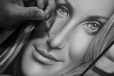 CURSO VIRTUAL DE DESENHOS REALISTAS PARA INICIANTES.  Aprenda do zero a fazer desenhos realistas. Curso com 7 horas de conteúdo para iniciantes, produzido por Charles Laveso.  http://carlosdamascenodesenhos.com.br/curso-de-desenho-realista-para-iniciantes/