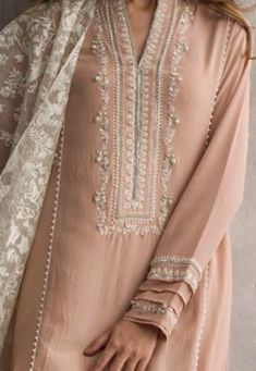 Indian designer wear Woman Jackets and Blazers julia roberts pretty woman red jacket Pakistani Fashion Casual, Pakistani Dress Design, Pakistani Dresses, Indian Dresses, Indian Outfits, Indian Fashion, Kurta Designs, Blouse Designs, Indian Attire