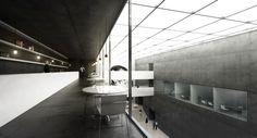 CONCETTO URBANISTICO L'area prescelta per la realizzazione del nuovo Palazzo del Cinema di Locarno costituisce il punto di partenza della nostra riflessione progettuale. La natura pubblica del futuro edificio impone la necessità di pensare ad un ed...