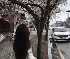Find images and videos about girl, flowers and korean on We Heart It - the app to get lost in what you love. Aesthetic Photo, Aesthetic Girl, Aesthetic Pictures, Sokcho, Pergola Design, Korean Girl Photo, Girl Korea, Ulzzang Korean Girl, Uzzlang Girl