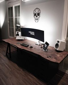 Home Office Setup, Office Workspace, Home Office Design, House Design, Gaming Room Setup, Desk Setup, Gaming Desk, Salas Home Theater, Bedroom Setup