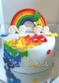 A rainbow cake is fun to look at and eat and a lot easier to make than you might think. Here's a step-by-step guide for how to make a rainbow birthday cake. Colorful Birthday Cake, Butterfly Birthday Cakes, 3rd Birthday Cakes, Butterfly Cakes, Rainbow Birthday, Rainbow Butterfly, Rainbow Cakes, Gateaux Cake, Salty Cake