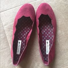Maroon Flats Super cute maroon colored flats  only worn once American Eagle by Payless Shoes Flats & Loafers
