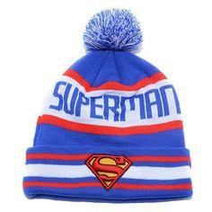 esto es un gorro de superman. que es de color rojo, blanco, azul y amarillo. me gustaría llevar esto a la escuela