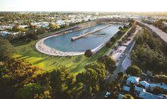 Un stade de foot transformé en piscine à vagues en Australie