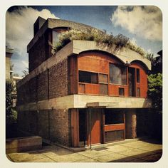 """MAISON JAOUL, NEUILLY // LE CORBUSIER // 1954-6  {Late Works}   Contrasts earlier works - crude, rough concrete (Beton Brut), curbed vaults  