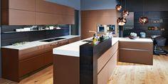 Küchenfronten in trendig, warmen Nougatton und in Lederoptik