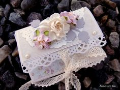 Scrappiness: Tutorial Minialbum Decorative Boxes, Floral, Flowers, Album, Scrapbooking, Tutorials, 3d, Florals, Florals
