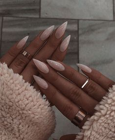 Image about inspiration in nail art by ~ A.E ~ – nails goals image – Image about inspiration in nail art by ~ A.E ~ – nails goals image – Stylish Nails, Trendy Nails, Cute Nails, Hair And Nails, My Nails, Grow Nails, Image Nails, Stiletto Nail Art, Simple Stiletto Nails