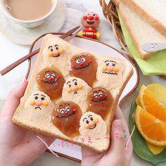 さらにかわいくなった!あの「 #ウェーブトースト 」に人気キャラクターがひょっこり #おうちごはん Cake Decorating Designs, Food Art For Kids, Kawaii Dessert, Cute Desserts, Cafe Food, Food Drawing, Dessert Drinks, Cute Cakes, Kids Meals