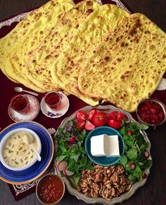 Good morning from Iran! Help yourself with Iranian #breakfast and homemade Taftan bread.