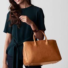 Popular Handbags, Cute Handbags, Cheap Handbags, Purses And Handbags, Leather Handbags, Leather Totes, Leather Purses, Dior Purses, Popular Purses