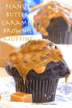Muffins with Peanut Butter Caramel Topping