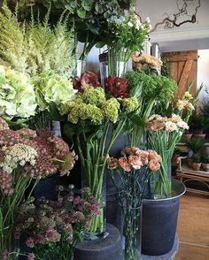 Fin fredag! #blomster#blomsterbutikk#blomstrende#blomsterdekoratør#sommer#sommerblomster#flower#flowers#flowershop