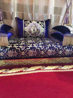 Salon marocain bleu roi – Amenda decor