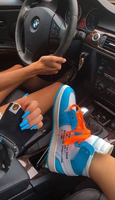 Dr Shoes, Nike Air Shoes, Hype Shoes, Me Too Shoes, Moda Sneakers, Cute Sneakers, Shoes Sneakers, Air Jordan Sneakers, Black Sneakers