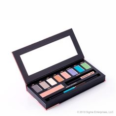 Sigma beauty limited edition resort palette