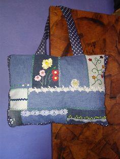 Denim Bag, Diy Crochet, Messenger Bag, Diaper Bag, Satchel, Sewing, Fashion, Denim Tote Bags, Fabric Tote Bags
