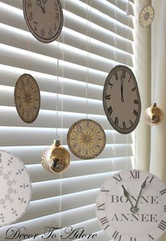 I love these cute clock decorations for a New Year's party!