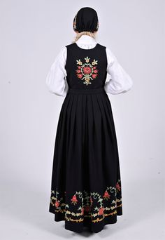 """Black """"Løkendrakt"""" from Østfold, Norway (This bunad is also made in blue. Some people have it in white, but that is not the original model) Norwegian Clothing, Folk Clothing, Silver Accessories, Most Beautiful, Culture, Model, How To Wear, Jackets, Blue"""