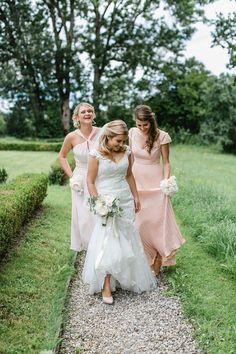 Stiftsschmiede_Ossiacher_See069 Bridesmaid Dresses, Wedding Dresses, Fashion, Hair Makeup, Bridesmade Dresses, Bride Dresses, Moda, Bridal Gowns, Fashion Styles