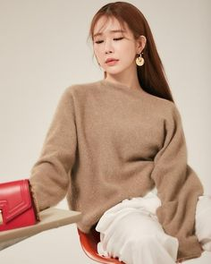 Korean Actresses, Asian Actors, Korean Actors, Yoo In Na Fashion, Korean Fashion, Dramas, Korean Winter, Kdrama Actors, Korean Celebrities