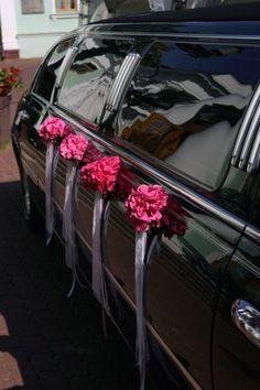 Blumenschmuck Auto