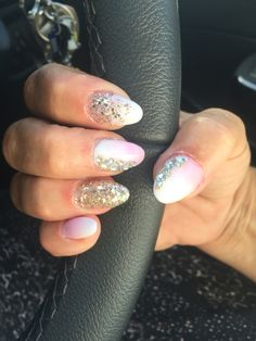 Holiday-pink & White  ombré nails with sparkles 💞