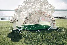 Фотозона Свадьбы Асель и Джорди  #elenayagudinawedding #Елена Ягудина http://elenayagudina.ru #Spanish fan