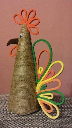 Kogucik crafts with jute Jute Crafts, Decor Crafts, Easter Crafts, Christmas Crafts, Diy Crafts For Kids, Arts And Crafts, Chicken Crafts, Decorative Towels, Dollar Store Crafts