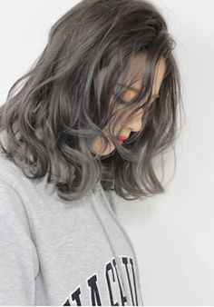 23 Long Ombre Hair Ideas Blowing Up in 2019 - Style My Hairs Long Ombre Hair, Ombre Hair Color, Hair Dye Colors, Ash Color, Medium Hair Styles, Curly Hair Styles, Korean Hair Color, Short Hair Korean Style, Ashy Hair