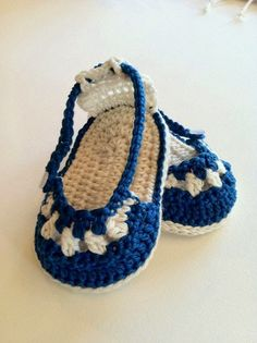 Crochet Pattern for Baby Booties & Headband Nautical Sandals and Headband Set for Baby Girl PDF 12 Crochet Baby Sandals, Booties Crochet, Crochet Baby Clothes, Crochet Slippers, Baby Shoes Pattern, Shoe Pattern, Cute Crochet, Crochet For Kids, Beautiful Crochet