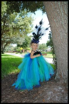peacock costume by TinyCarmen