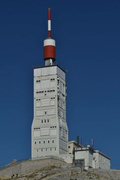 Observatoire météo Mont Ventoux Vaucluse Willis Tower, Building, Travel, Alps, Lighthouses, D Day, Viajes, Buildings, Trips