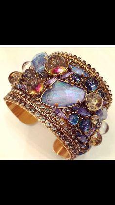 bright wristlet