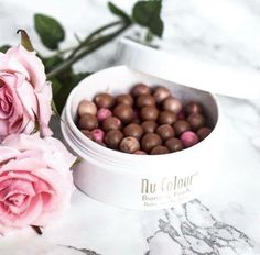 Look amazing quick with these bronzing pearls Nu Skin, Bronzing Pearls, Lip Tips, Beauty Magazine, Lip Plumper, Anti Aging Skin Care, Beauty Hacks, Beauty Secrets, The Balm
