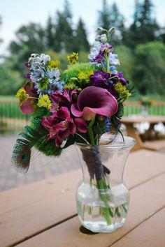 Our bridesmaids bouquets :)
