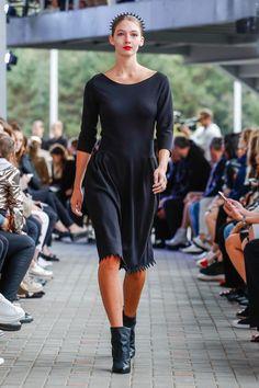 IMRECZEOVA black dress with quilted waist and zig-zag hem 60 Degrees, Zig Zag, Runway, Black, Dresses, Cat Walk, Vestidos, Walkway, Black People