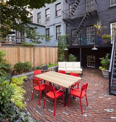 Steam Punk Eclectic in Brooklyn Heights - eclectic - Patio - New York - New Eco Landscapes