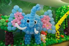 Balloons are a fun and happy thing that people of all ages love. Whatever the occasion, our Balloon Decoration Service will steal your heart! Birthday Party Planner, Kids Party Planner, Birthday Parties, Birthday Ideas, Balloon Decorations, Birthday Decorations, Birthday Organizer, First Birthdays, Party Themes