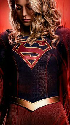 Melissa Benoist in Supergirl Supergirl Season, Supergirl 2015, Supergirl And Flash, Supergirl Series, Melissa Marie Benoist, Kara Kent, Top Superheroes, Super Heroine, Kara Danvers Supergirl