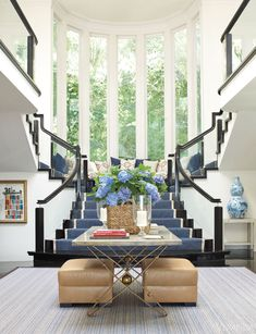 Gorgeous foyer // Mix and Chic