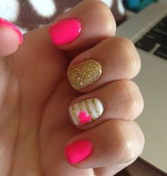 Its so beautiful!love the pink~20 Popular Summer Nail Desings